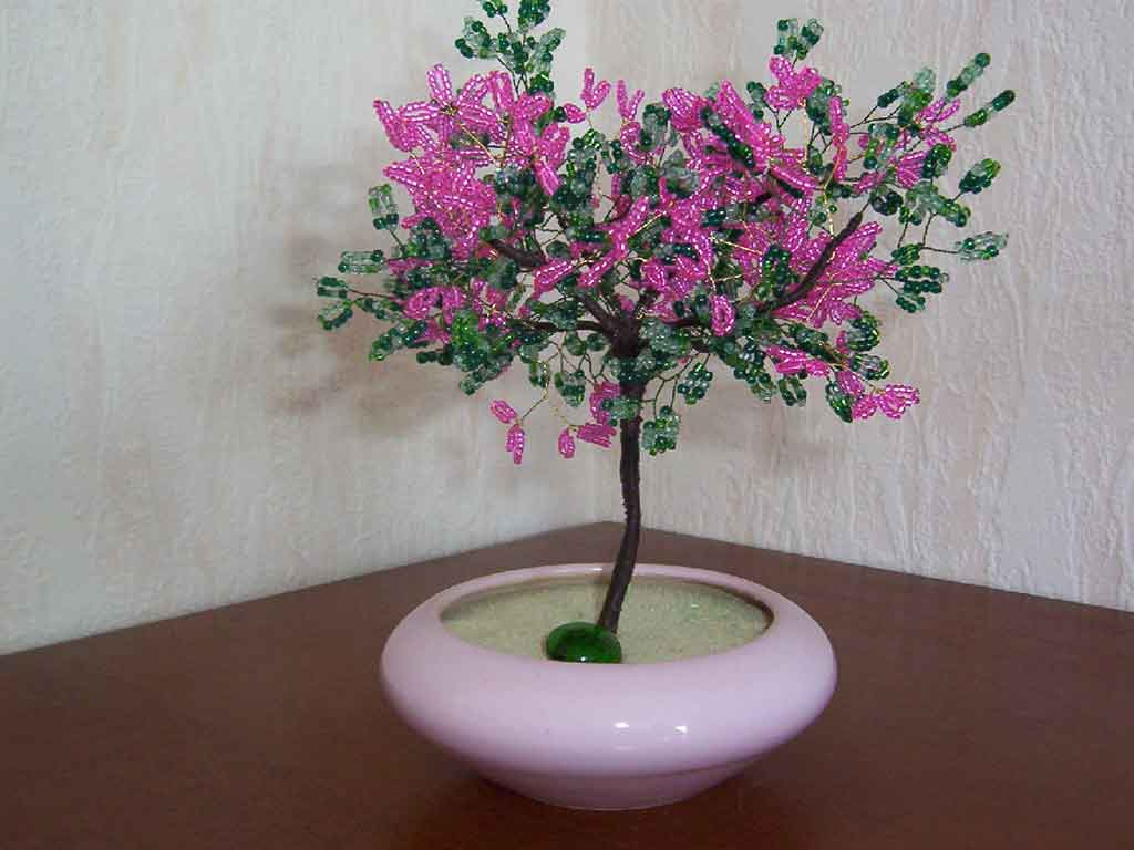 N°745 arbre ailette rose pot conique rose